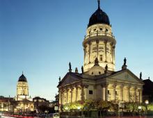 Turm der Französischen Kirche_Kardorff Ingenieure Lichtplanung