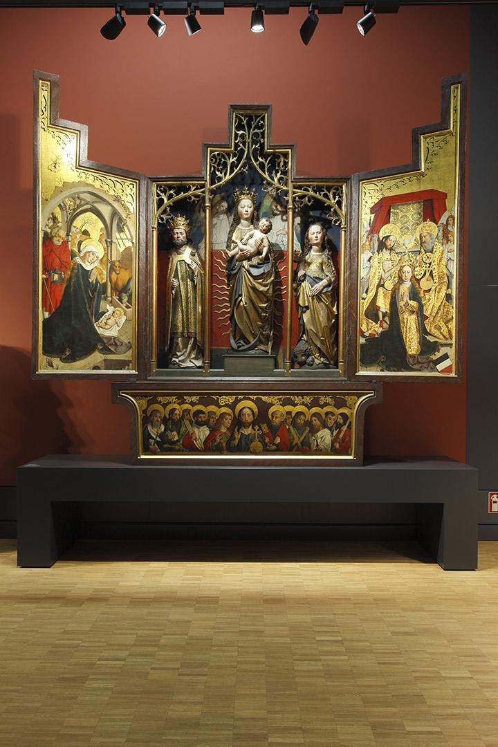 Hessisches Landesmuseum Kardorff Ingenieure Lichtplanung, Altar