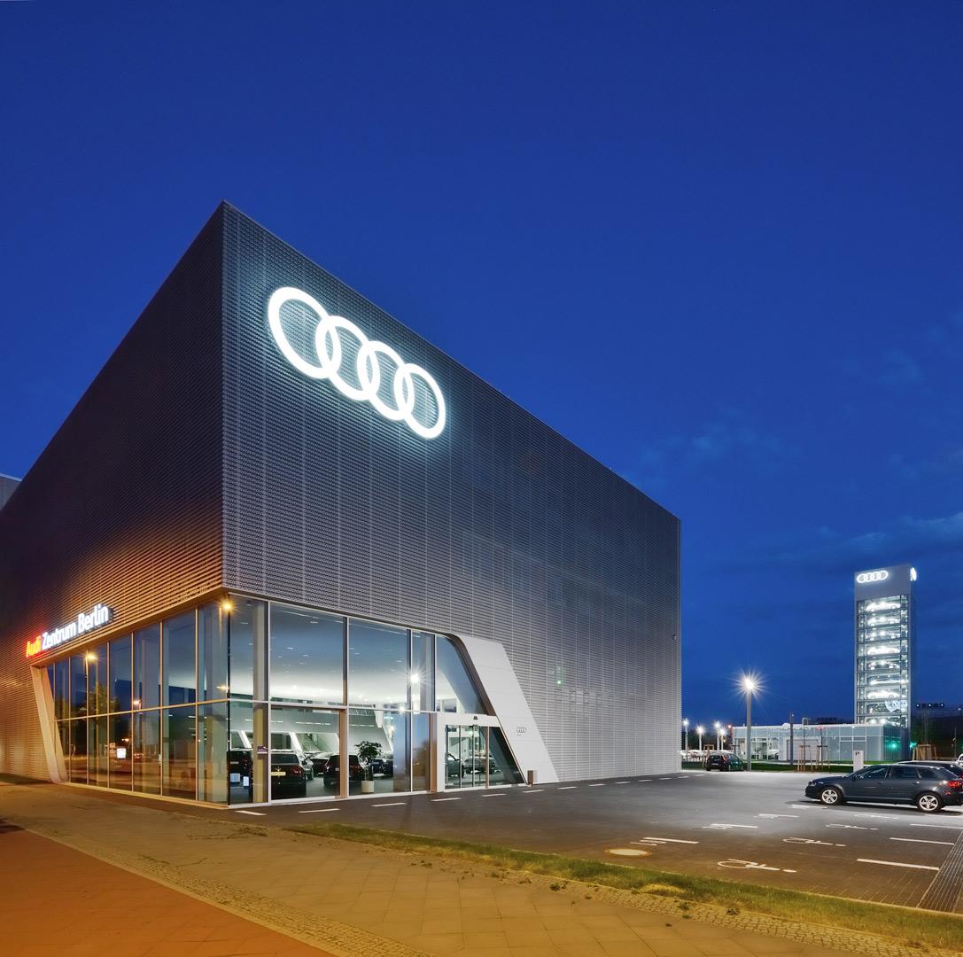 audi highlight-tower, berlin | kardorff ingenieure lichtplanung