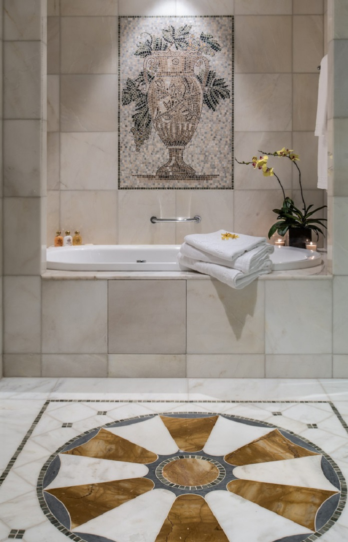 Versace_Palazzo_Bathroom_Kardorff_Ingenieure_Lichtplanung
