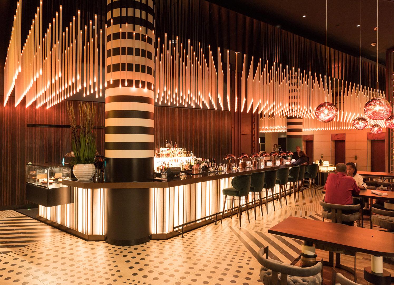 Hotel Pullmann Berlin Schweizer Hof_lobby_Kardorff Lichtplanung