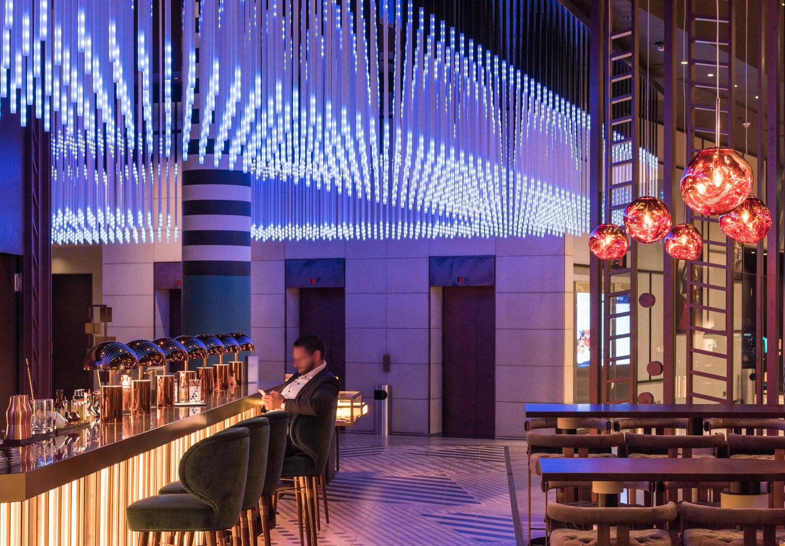 Hotel Pullmann Berlin Schweizer Hof_entrance_Kardorff Lichtplanung
