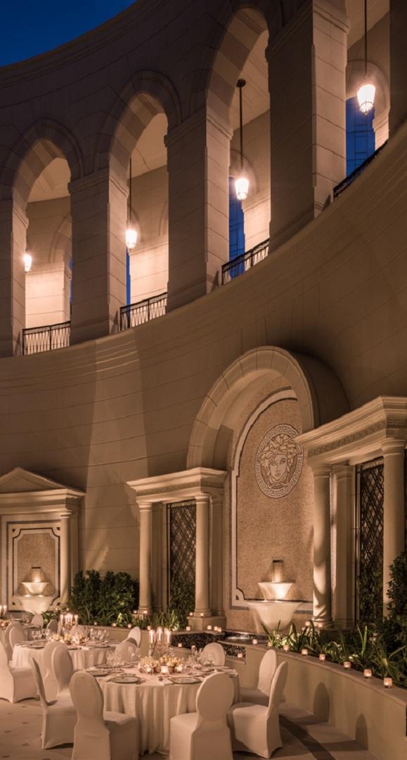 Versace_Palazzo_Courtyard_Kardorff_Ingenieure_Lichtplanung