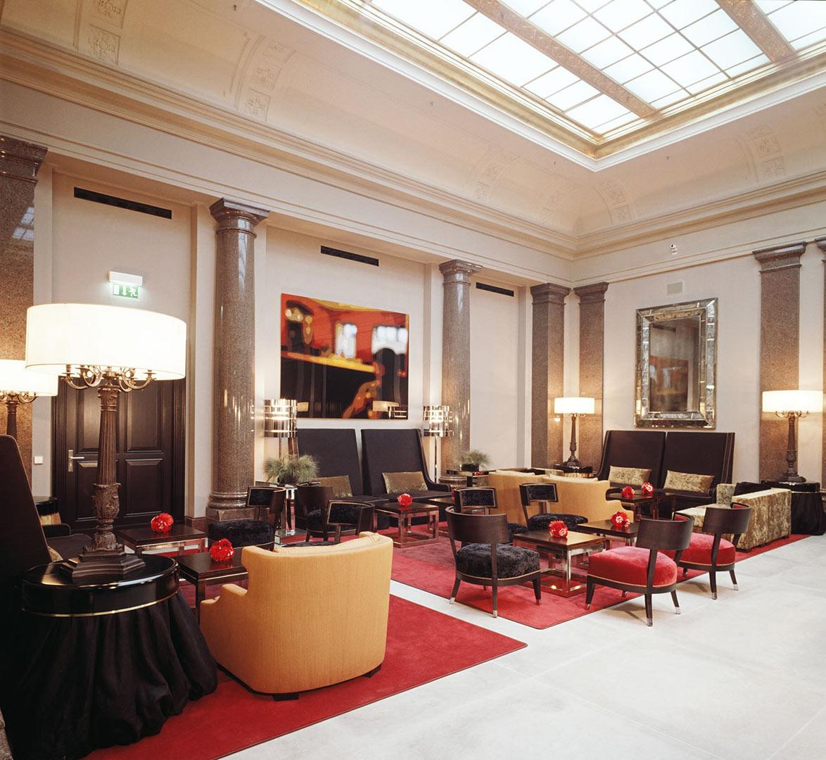 Hotel de Rome_Lounge, beleuchtet von Kardorff Ingenieure Lichtplanung