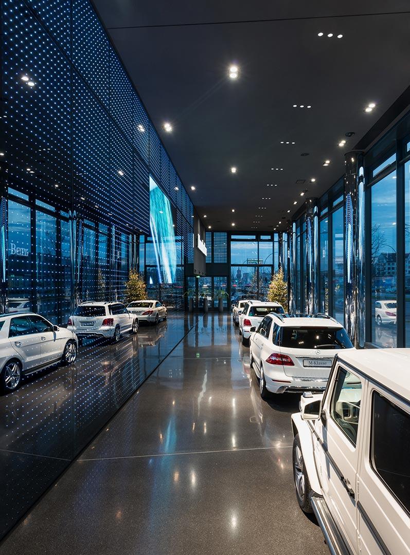 Mercedes-Benz Vertrieb, Showroom, Kardorff Ingenieure Lichtplanung