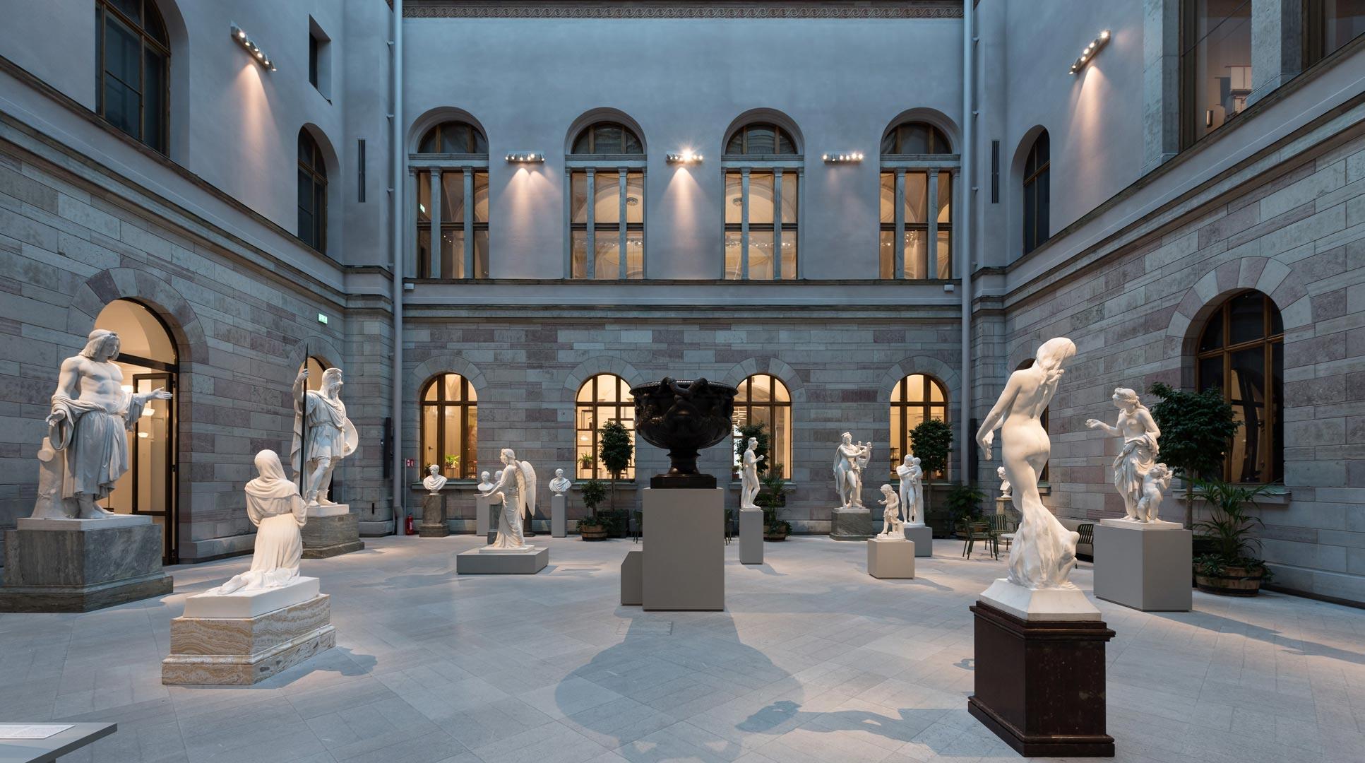 Nationalmuseum_Stockholm_Courtyard_Kardorff_Ingenieure_Lichtplanung_Lintner