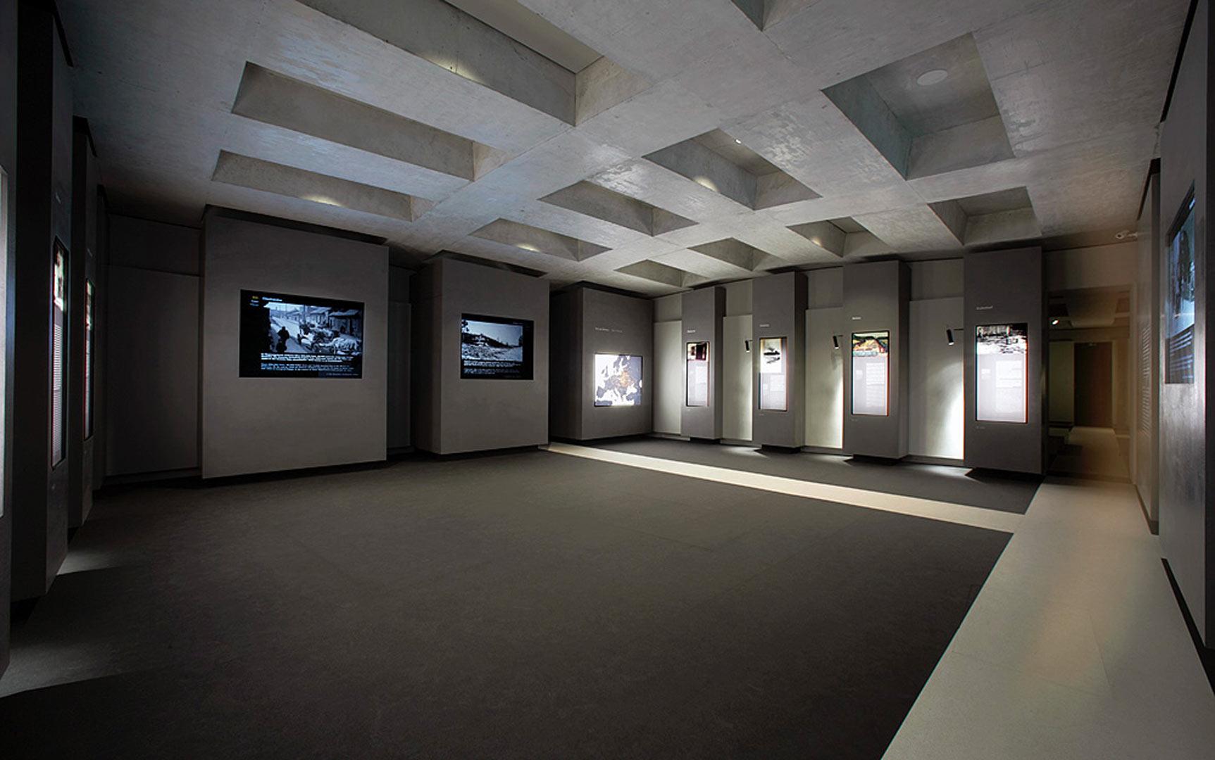 ort der information denkmal f r die ermordeten juden europas kardorff ingenieure lichtplanung. Black Bedroom Furniture Sets. Home Design Ideas